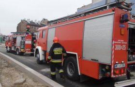 tramwaj, spłonął, strażacy w akcji, straż pożarna