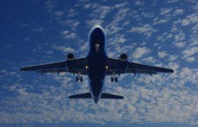 oślepił laserem, lądowanie, samolot, airbus, świąteczny prezent, rysunek, radar, emirates. drzwi