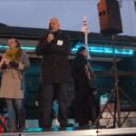 OBRZYDLIWE przemówienie Stefana NIESIOŁOWSKIEGO pod Sejmem. Przekroczył wszelkie granice – lżył na NARODOWE ŚWIĘTA i wygląd politycznych przeciwników!