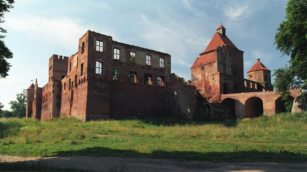 zamek w SZymbarku, szymbark