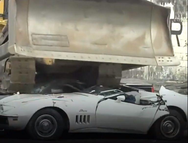 """Luksusowe auta NIE DLA URZĘDNIKÓW! Prezydent rozprawia się z przemytnikami: """"zróbcie z nich zabawki"""" [FOTO & VIDEO]"""