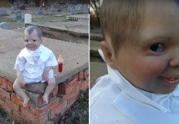 lalkę, lalka, cmentarz