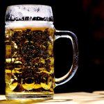 Piwo  jest lekarstwem! Naukowcy to właśnie potwierdzili! Zobacz na co pomaga picie piwa!