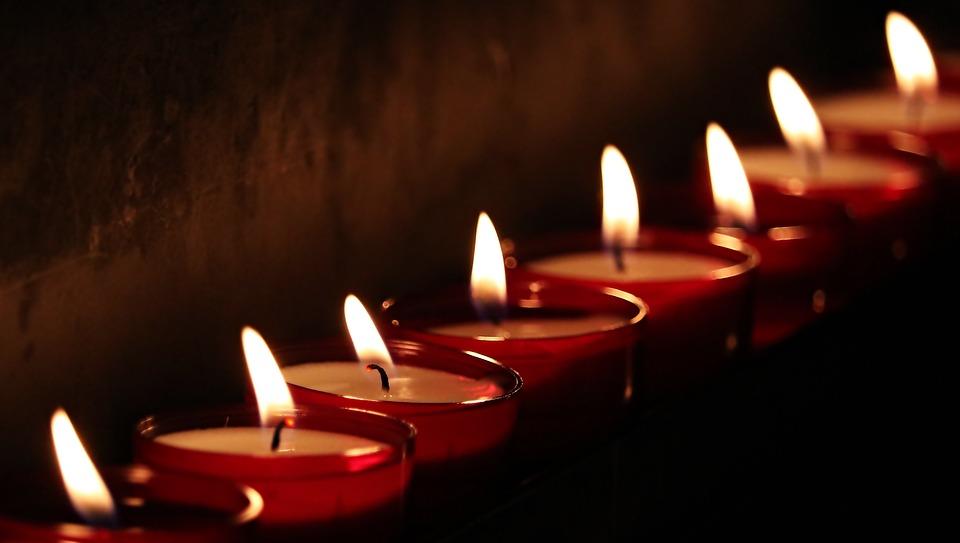 sportowiec, pielgrzymów, teledysku, legenda, zmarł aktor, żałoba, świeczki
