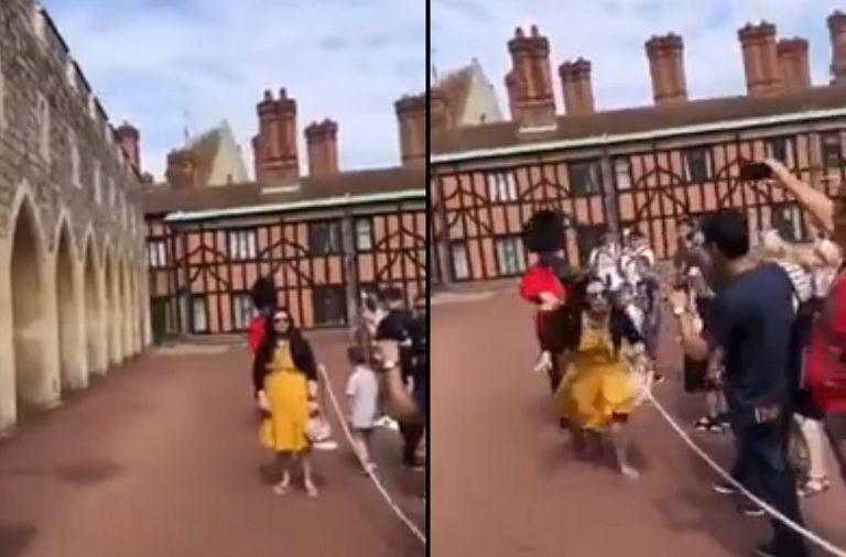 Weszła w drogę Królewskiemu Gwardziście. Tej reakcji na pewno się nie spodziewała! [VIDEO]