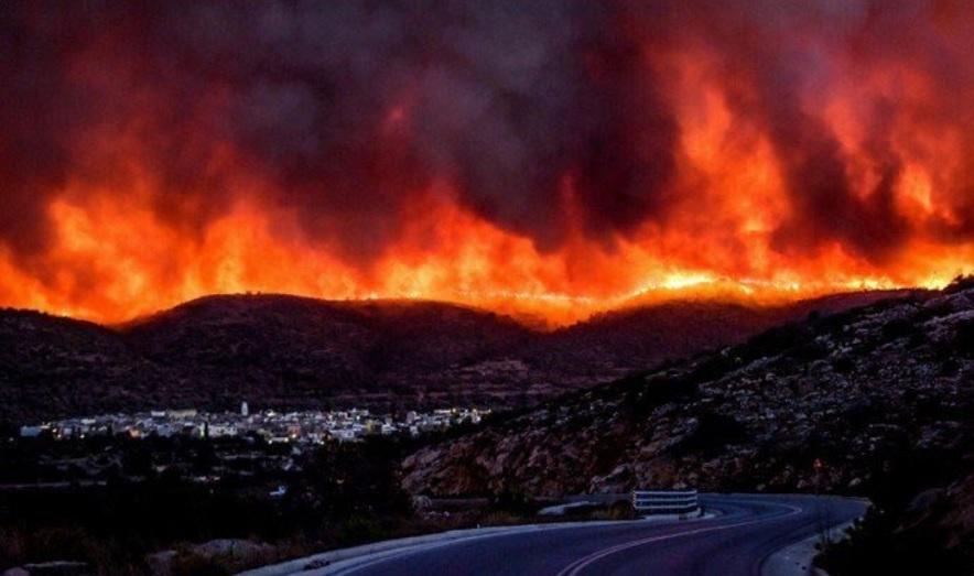 pożarach w Australii, pożar w Grecji, śmierć bliźniaczek