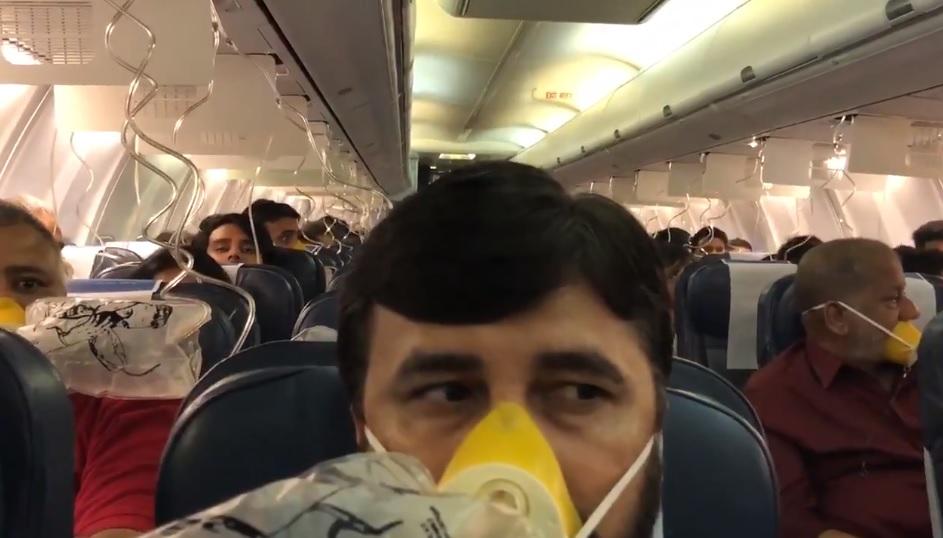 pasażerowie krwiawili z uszu i nosów