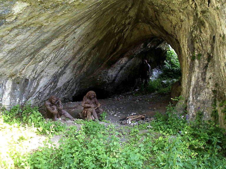 Małopolska: szczątki dziecka znalezione w jaskini. Niesamowite, co je pożarło!
