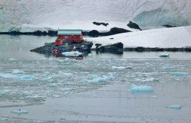 Antarktydzie bazie polarnej