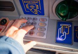 bankomatu, bank, plotkę