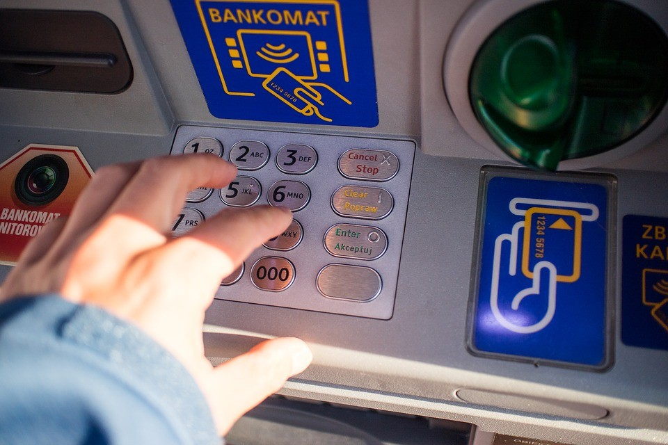bankomatu, bank, plotkę