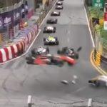 Bolid Formuły wystrzelił w powietrze z prędkością 276 km/h! Omal nie skończyło się masakrą! [VIDEO]