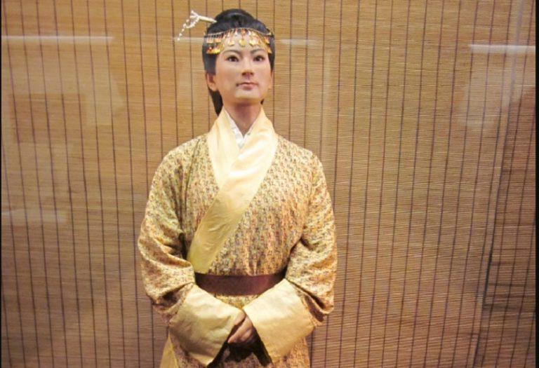 Zmarła 2 tysiące lat temu. Jej skóra wciąż jest miękka, a krew nie zastygła – oto najdziwniejsza mumia świata! [FOTO]