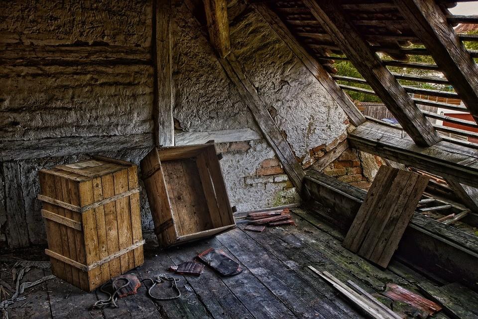 ruina, dom zmarłej matki