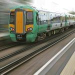 Makabryczny wypadek w pociągu – pasażerowie dostrzegli tylko bryzg krwi na szybie