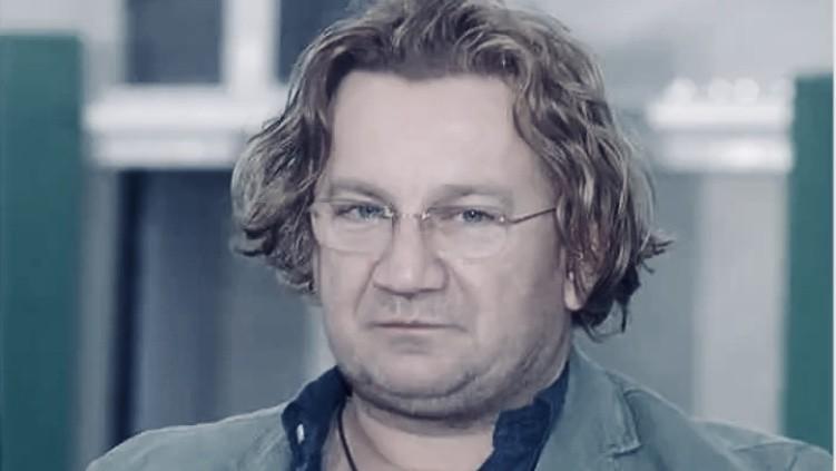 """PRZYKRA wiadomość! Królikowski miał wyjść ze szpitala! """"Niestety NAGLE…"""