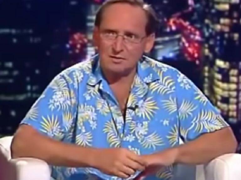 """Cejrowski nie wytrzymał: """"Wchodzisz do kibla na proste siku i …"""""""