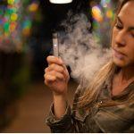 Palisz e-papierosy? Uważaj, możesz nawet …