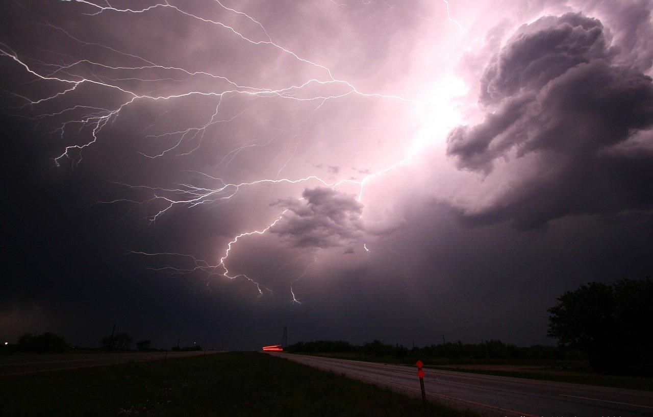 anomalie pogodowe