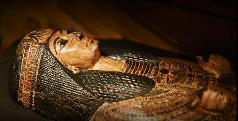 SZOKUJĄCE odkrycie naukowców! Egipska mumia odezwała się po 3000 lat od śmierci!