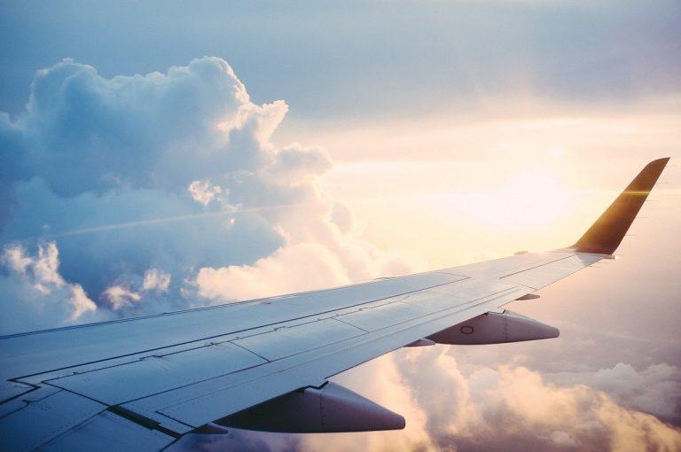 Samolot pasażerski zapalił się chwilę po starcie! Pilot podjął szokującą decyzję!