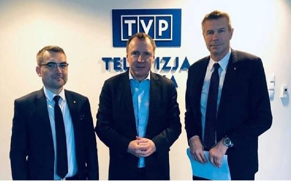 Bogdan Wenta podpisał umowę z Jackiem Kurskim