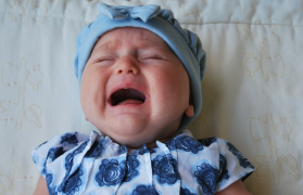 płacze