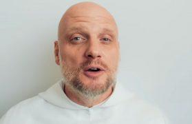 o. Adam Szustak poparł Szymona Hołownię