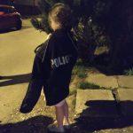 Tarnów: 9-latka w koszuli nocnej błąkała się po ulicach miasta. Policjantom mówiła, że uciekła (…)!