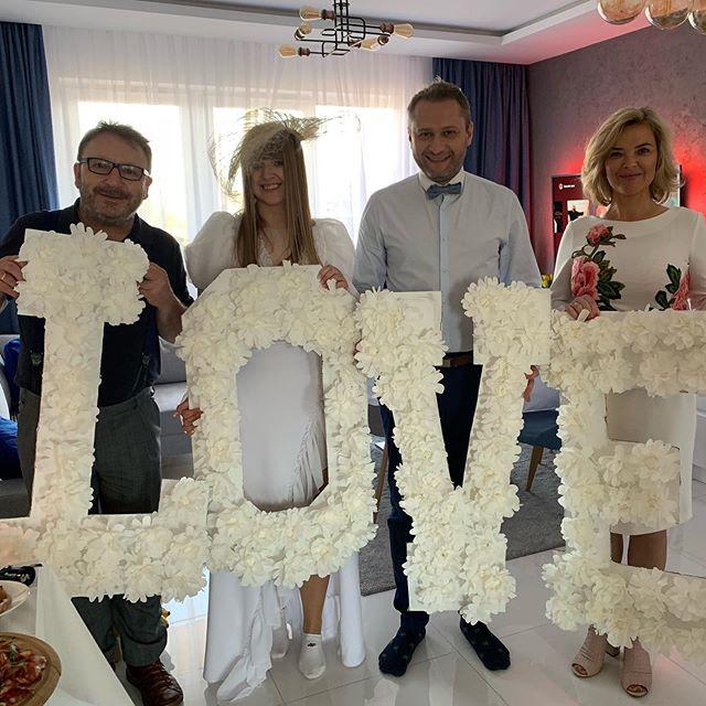Ślub w czasach zarazy? Monika Zamachowska pokazała jak wyglądała uroczystość jej przyjaciół (FOTO)