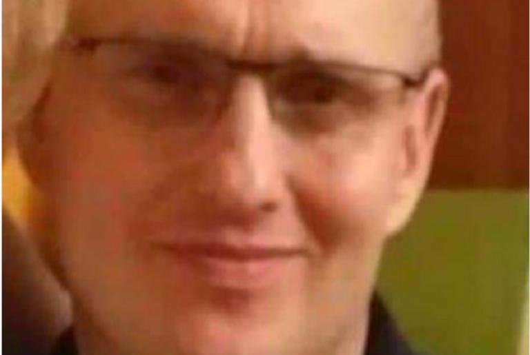 Zamordował ciężarną partnerkę. Od tygodnia szuka go policja – rozpoznajesz go?
