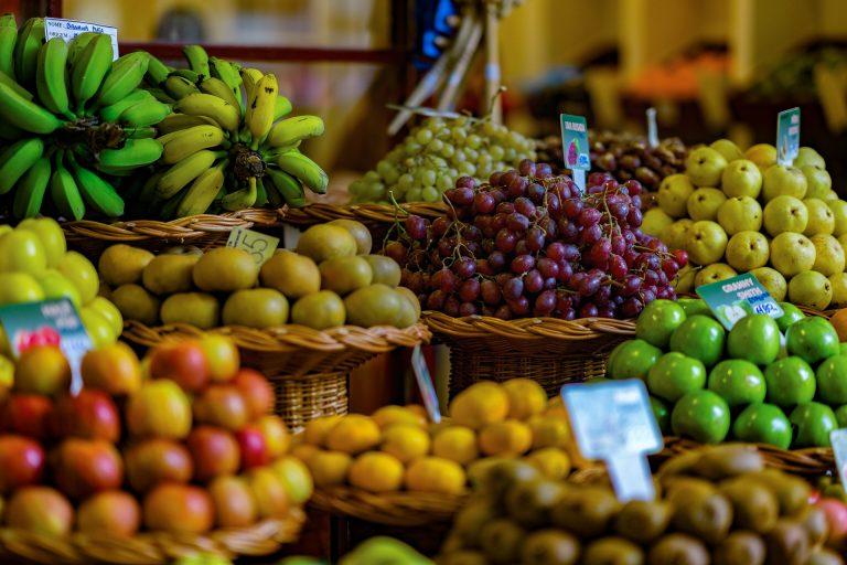 Szykuje się kosmiczny wzrost cen TYCH warzyw i owoców! Kwota zwala z NÓG!