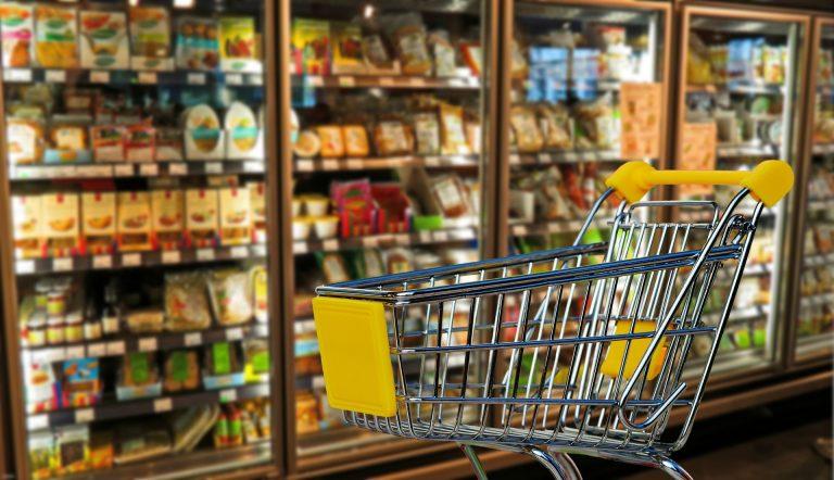 Ceny żywności poszybowały w górę. W TYCH sklepach zakupy zrobisz NAJTANIEJ!
