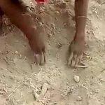 Indie: Zakopali W ZIEMI noworodka! Uratował go… (Wideo!)