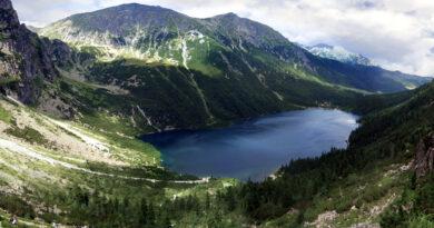 Niesamowite odkrycie w Tatrach! Na dnie Morskiego Oka znaleziono…