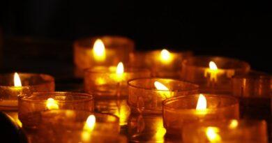 Informacja o ŚMIERCI wstrząsnęła całą Polską! Artur Barciś pogrążony w żałobie