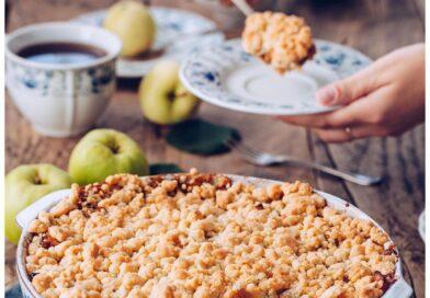 Nie masz pomysłu na deser? Wypróbuj owoce pod kruszonką!
