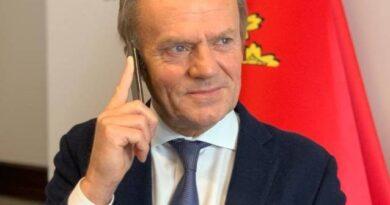 """Donald Tusk opublikował SMUTNĄ fotografię! Opis daje do myślenia. """"Samotność…"""""""