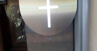 Szokująca decyzja. Postawili TAKIE automaty w kościołach!